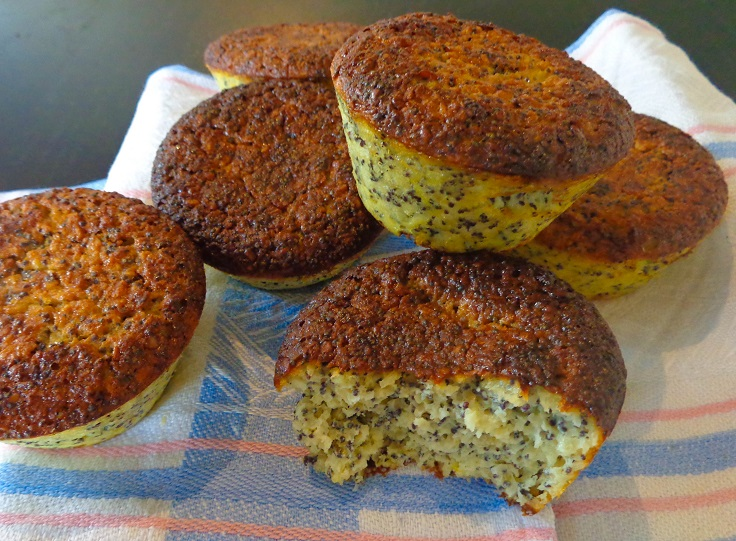 poppy-seed-and-lemon-breakfast-muffins