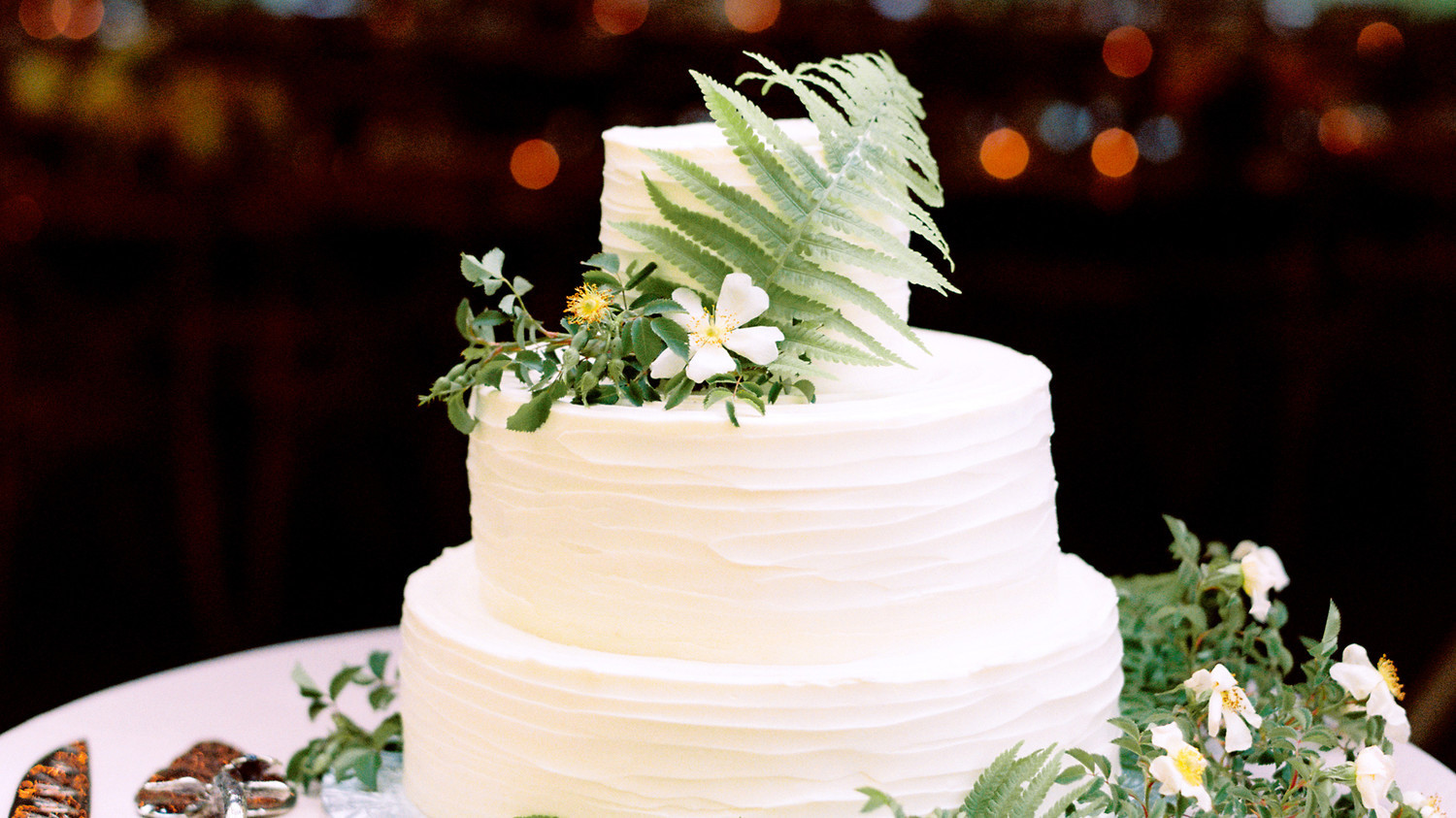 100 Years Of Wedding Cakes  WATCH 100 Years of Gorgeous Wedding Cakes