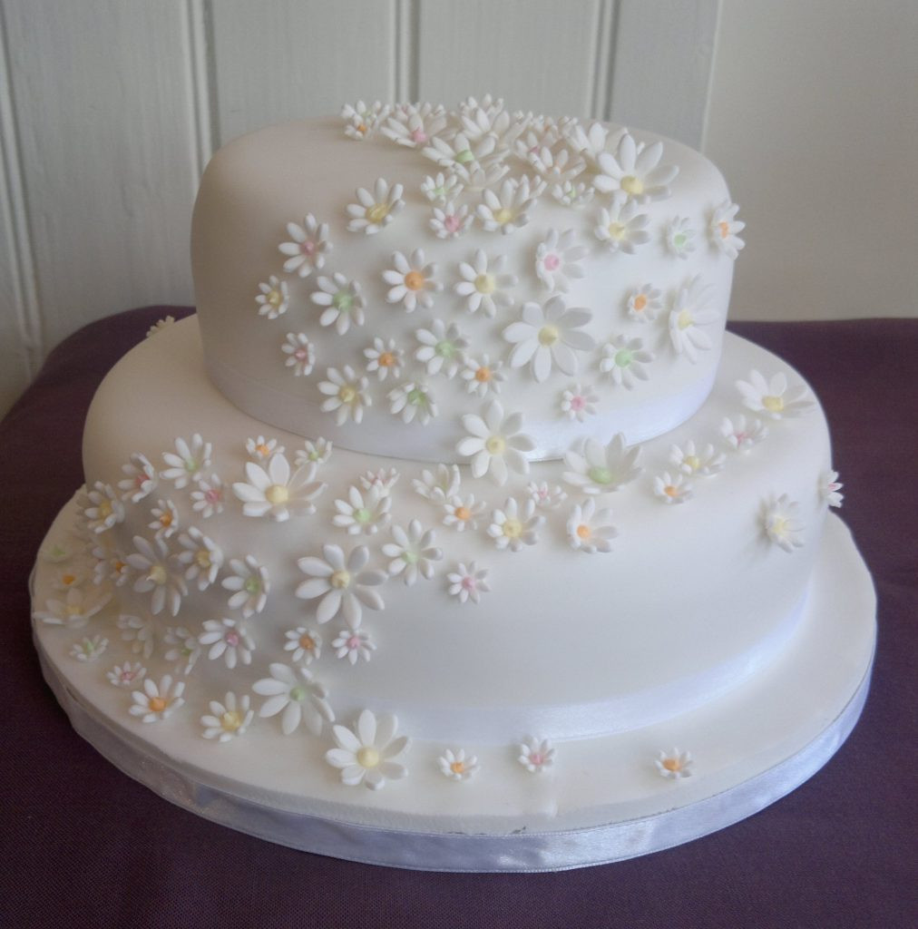 2 Layers Wedding Cakes  Two Tier Wedding Cakes Too Nice to Slice