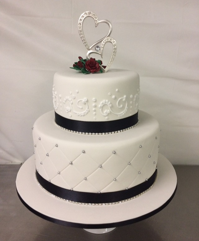 2 Layers Wedding Cakes  2 tier wedding cake Annette s Heavenly Cakes