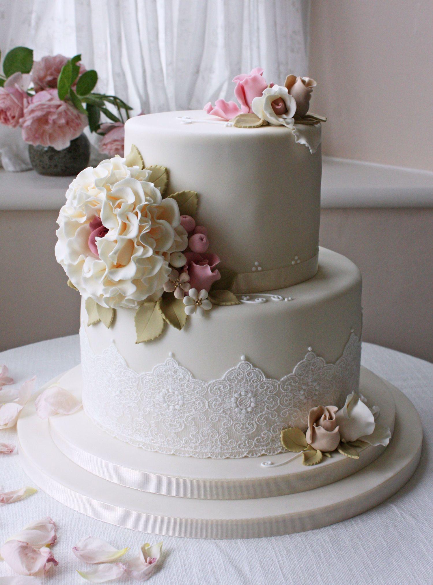2 Layers Wedding Cakes  Wedding Cake Ideas
