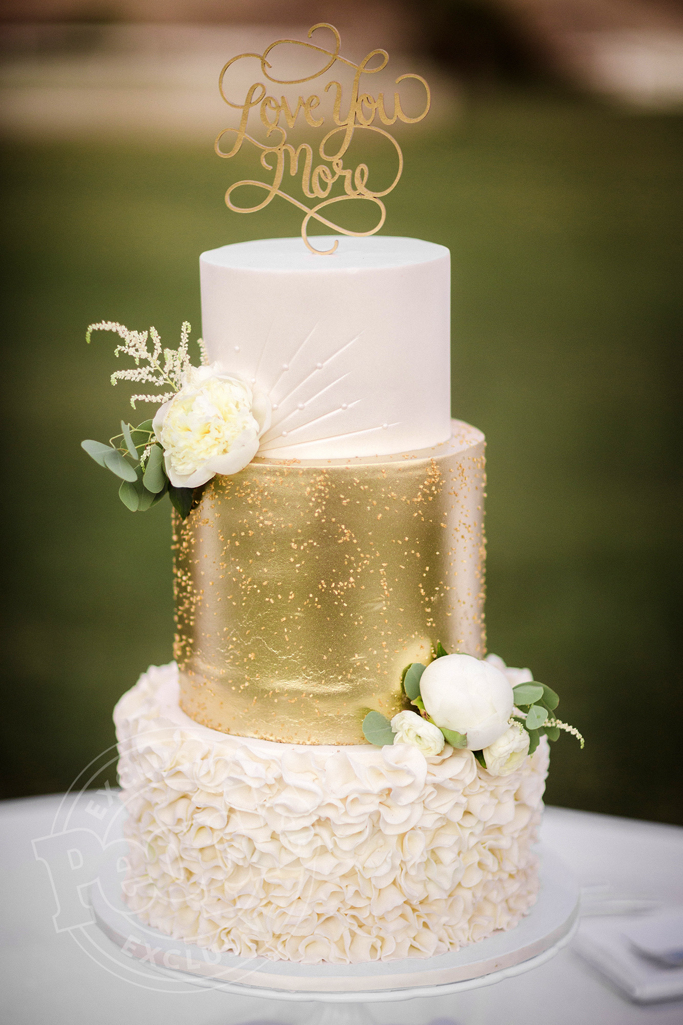3 Layer Wedding Cakes  Corbin Bleu Wedding Cake See the Three Tiered Beauty