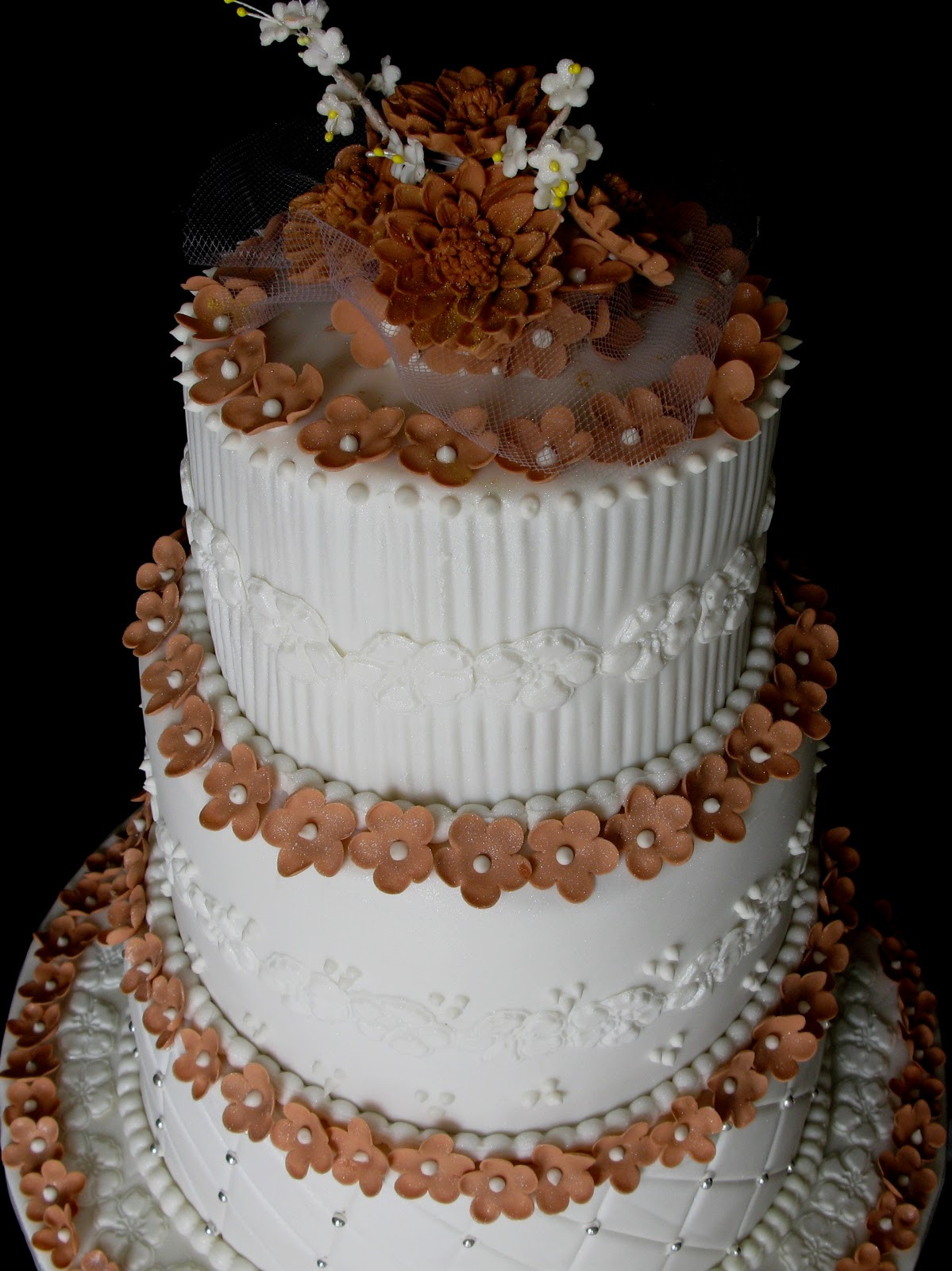 3 Layer Wedding Cakes  Sugarcraft by Soni Three Layer Wedding Cake Blossoms