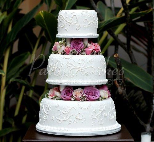 3 Layered Wedding Cakes  Beautiful 3 tier wedding cakes