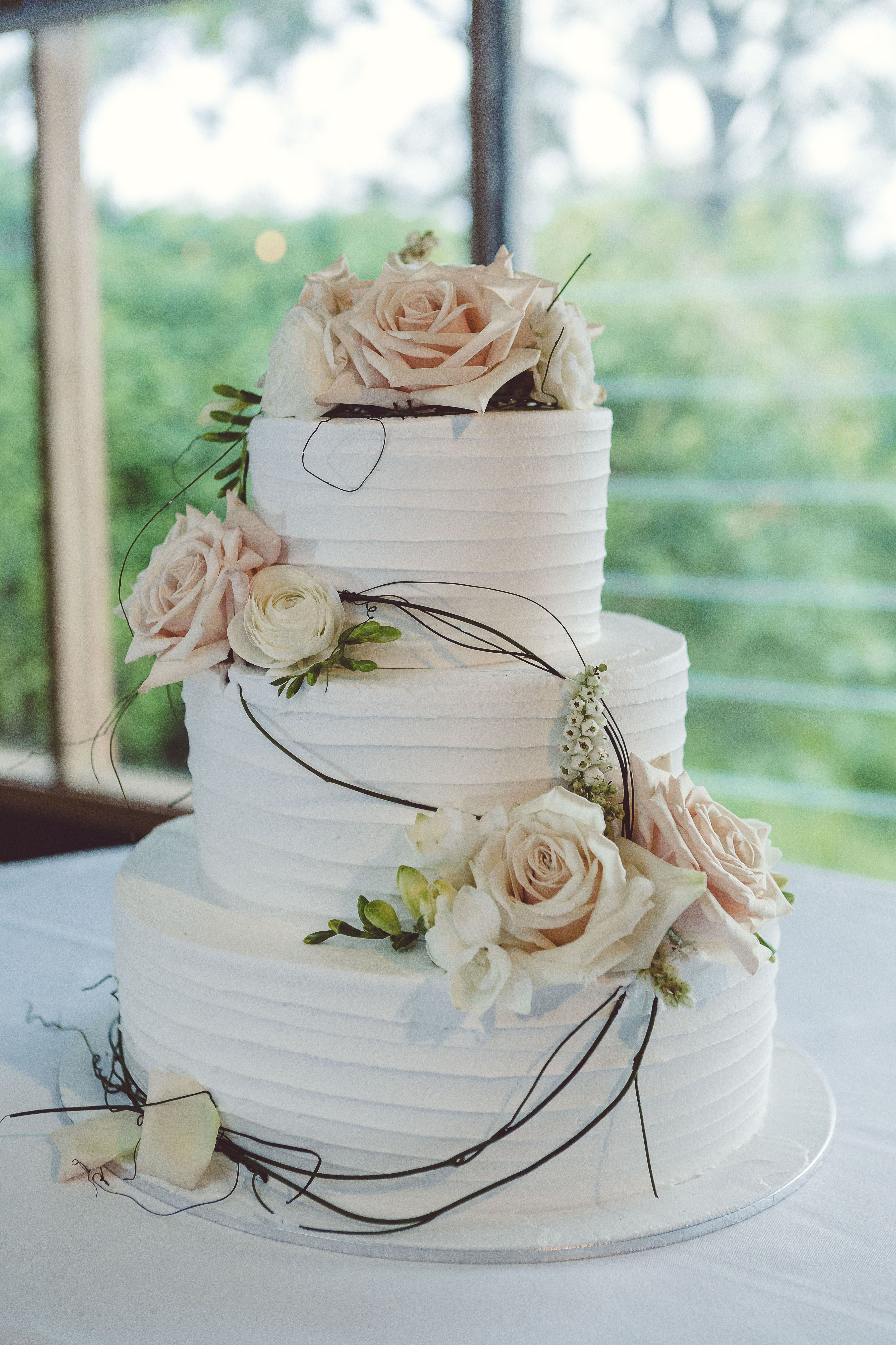 3 Layered Wedding Cakes  wedding cake 3 tier white icing peach and white flowers
