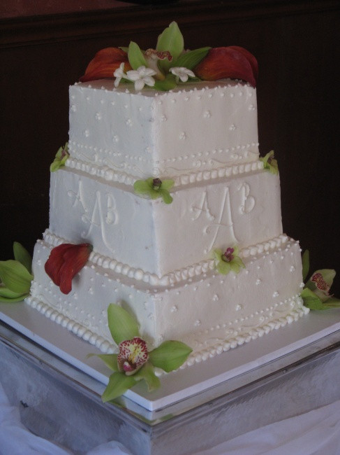 3 Tier Square Wedding Cakes  Wedding Cakes Cakes f The Square Catering
