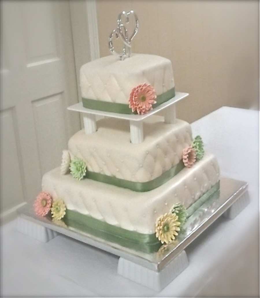 3 Tier Square Wedding Cakes  Square 3 Tier Wedding Cake CakeCentral
