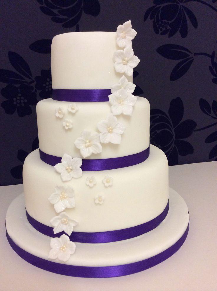3 Tier Wedding Cakes Designs  Simple 3 tier wedding cake idea in 2017