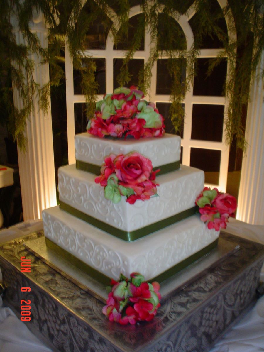 3 Tiered Square Wedding Cakes  Square 3 Tier Wedding Cake CakeCentral
