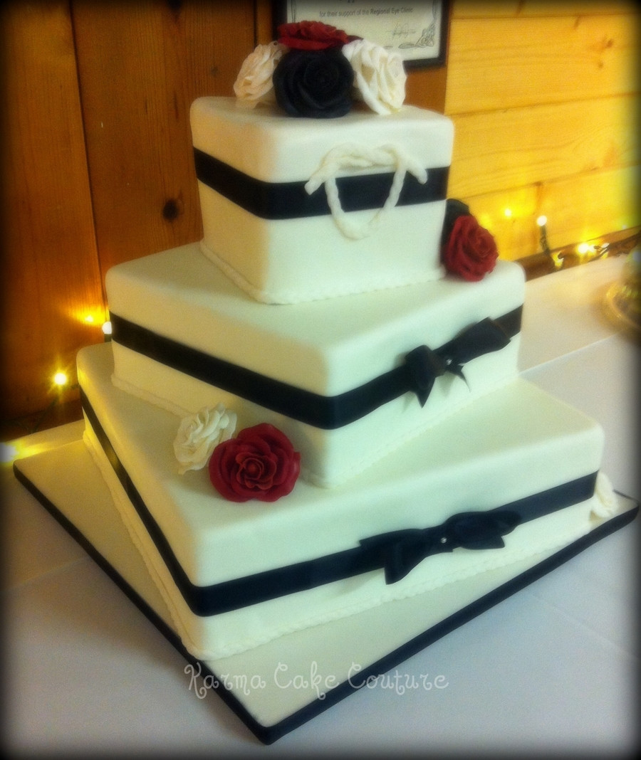 3 Tiered Square Wedding Cakes  Square 3 Tier Wedding Cake With Gumpaste Roses