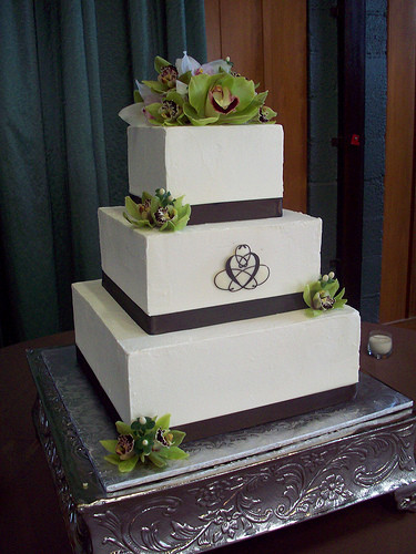 3 Tiered Square Wedding Cakes  3 Tier Square Wedding Cakes blomwedding