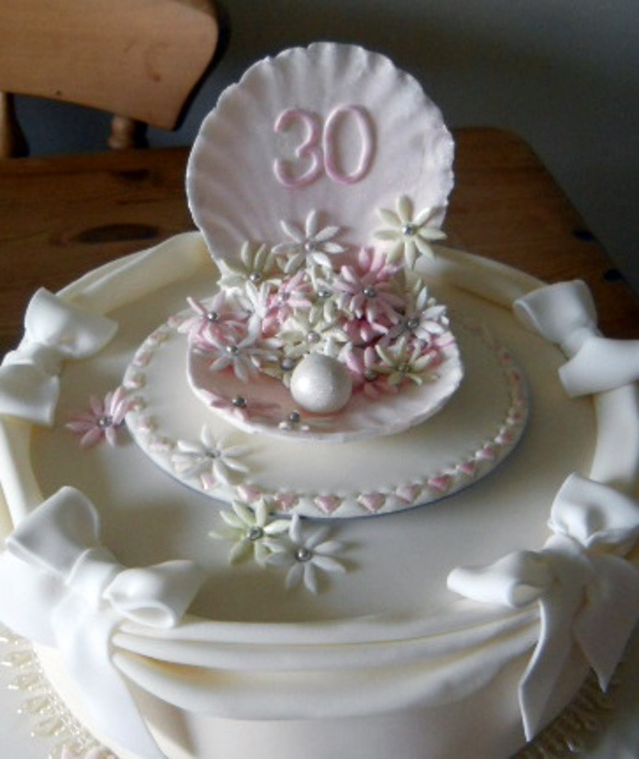 30Th Wedding Anniversary Cakes  30Th Anniversary Cake Pearl CakeCentral