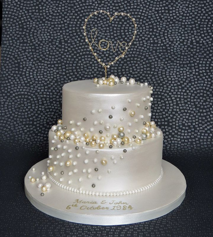 30Th Wedding Anniversary Cakes  Pearl Anniversary Cake with handmade gold and pearl love