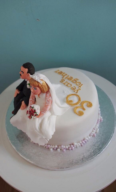 30Th Wedding Anniversary Cakes  30th Pearl wedding Anniversary cake for the boardman s