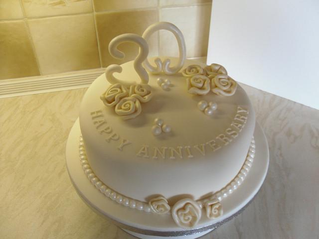 30Th Wedding Anniversary Cakes  30th Pearl Anniversary cake