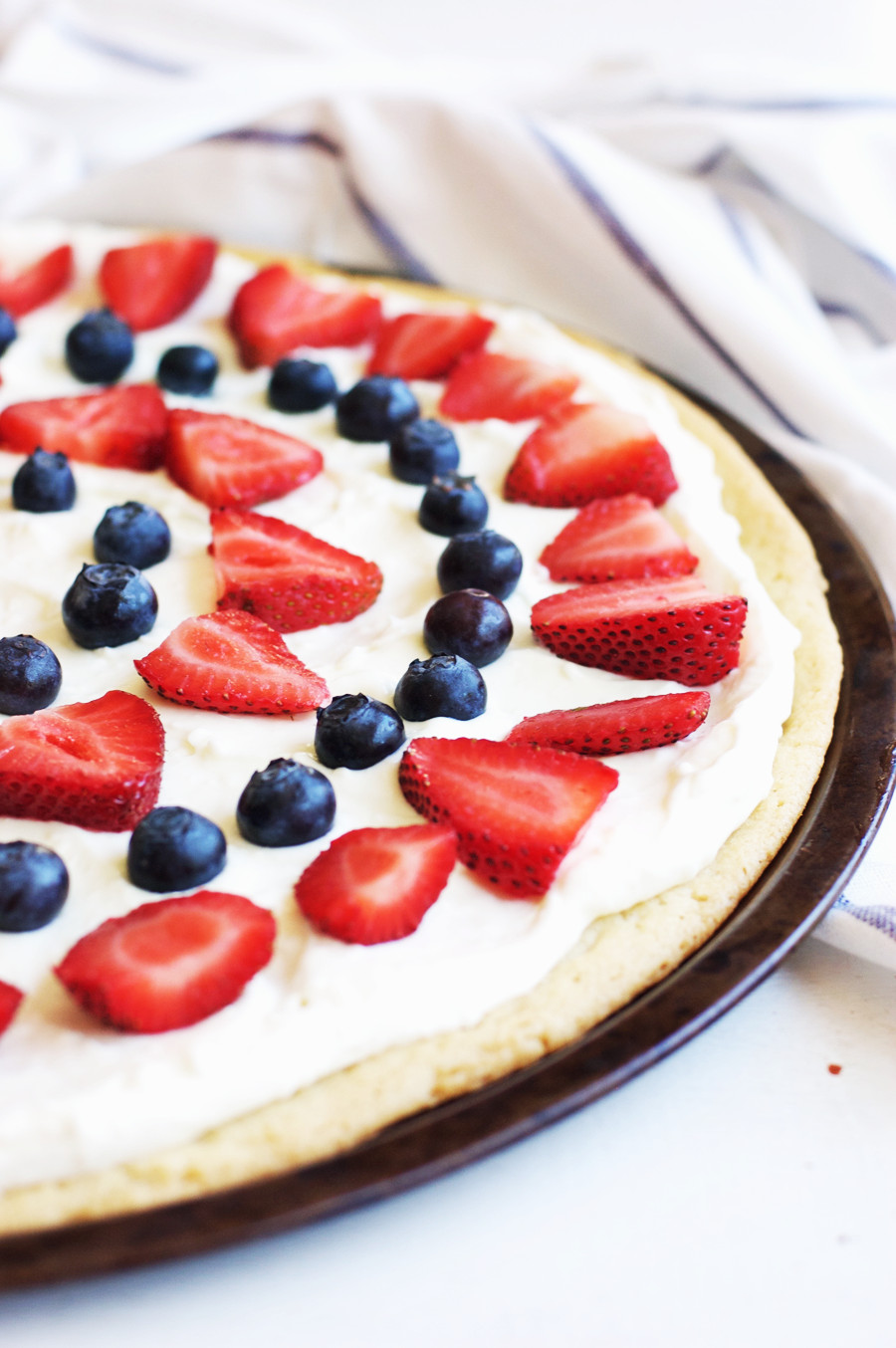 4Th July Desserts  4th of July Berry Dessert Pizza