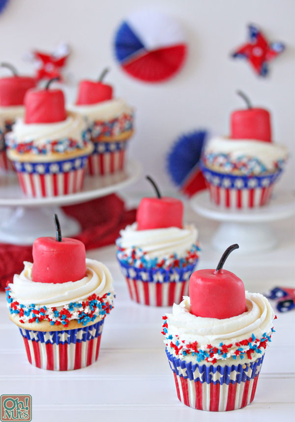 4Th Of July Cupcakes  Firecracker Cupcakes for the Fourth of July