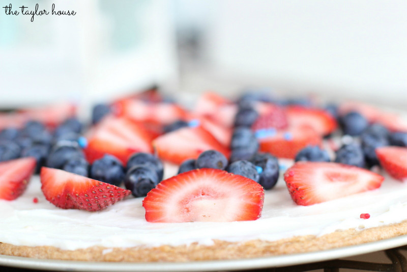 4Th Of July Fruit Desserts  4th of July Dessert Fruit Pizza Page 2 of 2