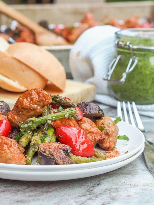 5 Ingredient Healthy Dinners  5 Ingre nt Pesto Chicken Sheet Pan Dinner with Veggies