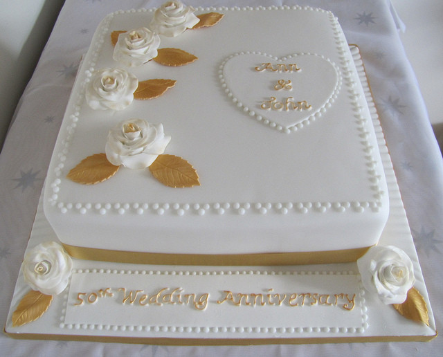 50Th Wedding Anniversary Cakes  Cool Wedding Marriage Anniversary Cakes With Names