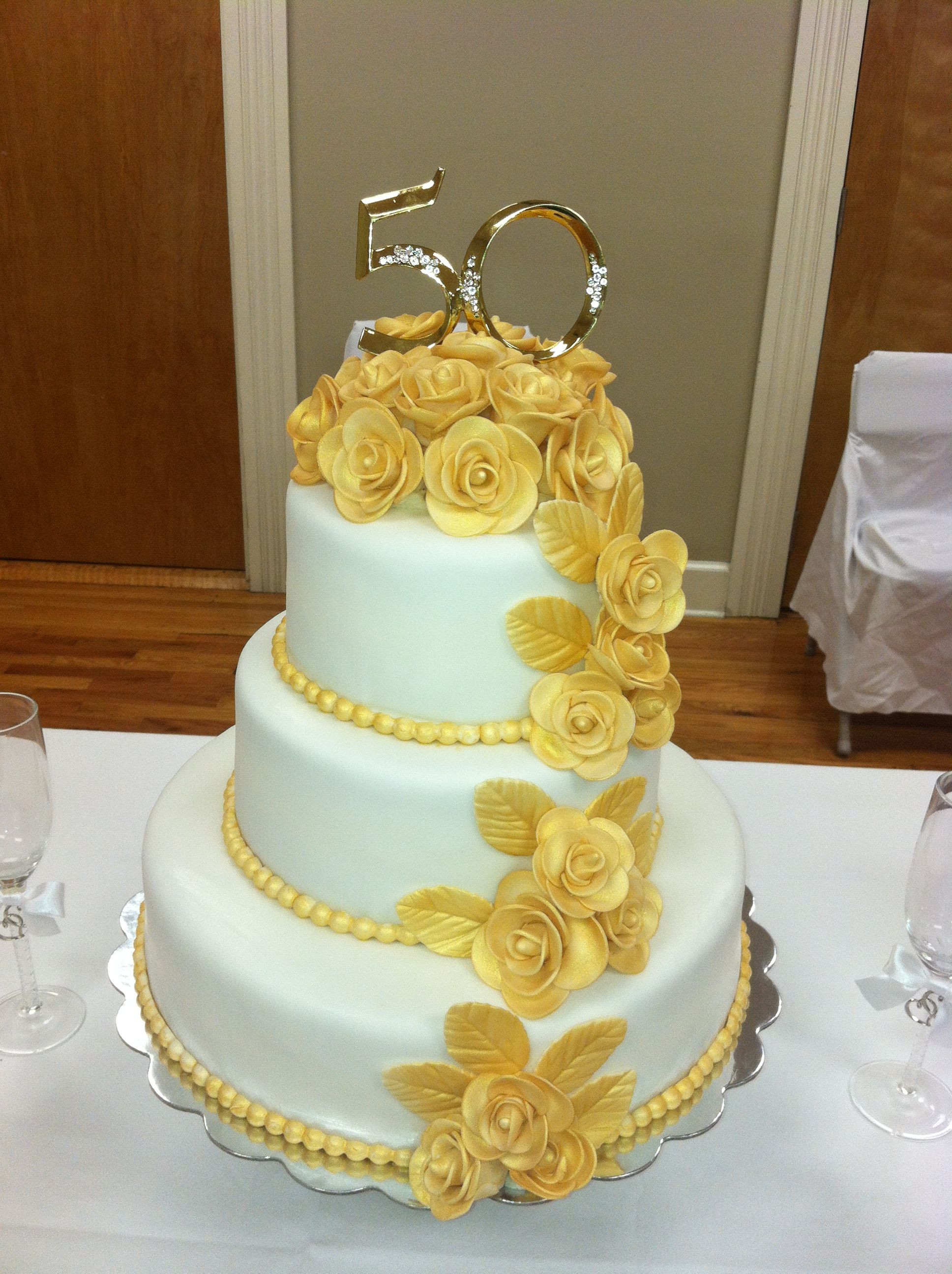 50Th Wedding Cakes  50th Wedding Anniversary Cake The roses are made of gum