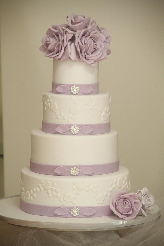 6 Inch Wedding Cakes  Purple rose wedding cake