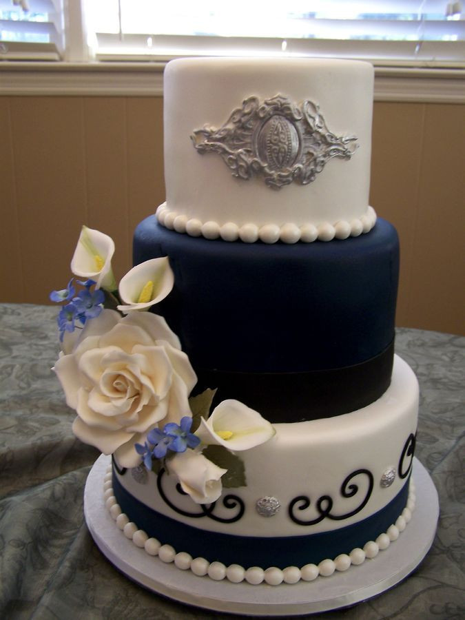 6 Inch Wedding Cakes  10 8 and 6 inch fondant tier cake for a small wedding I