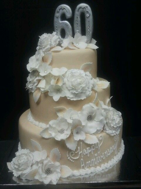 60Th Wedding Anniversary Cakes  10 best images about Grandparents 60th Wedding Anny on