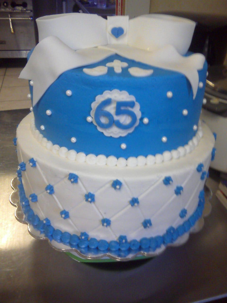 65Th Wedding Anniversary Cakes  65th Wedding Anniversary Cake for a very special family