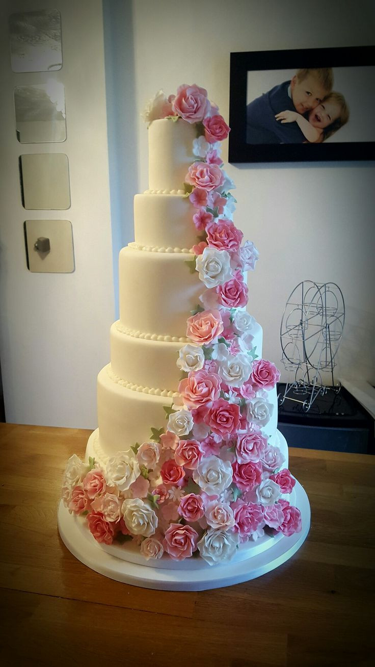 7 Tier Wedding Cakes  7 tier wedding cake with sugarpaste flowers