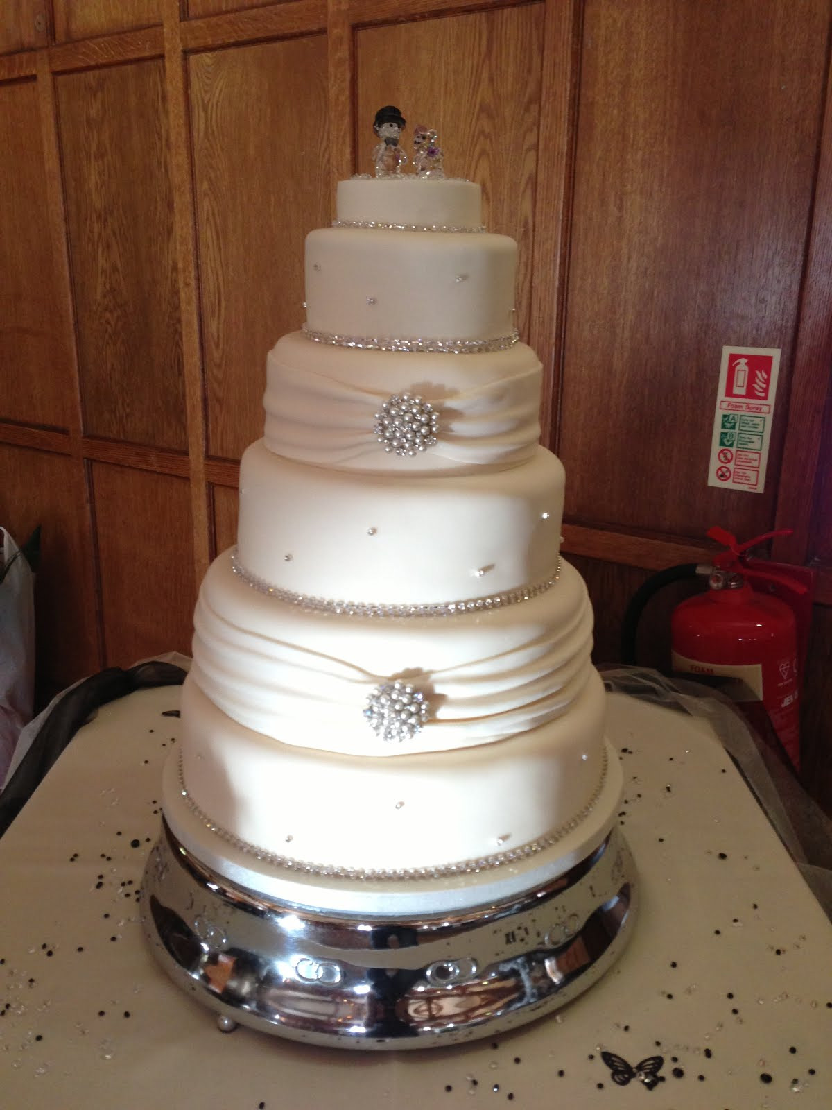 7 Tier Wedding Cakes  Wedding cake 5 tier idea in 2017
