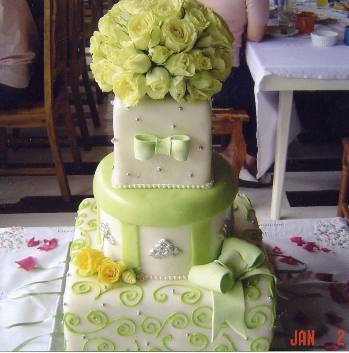 Affordable Wedding Cakes Nyc  Inexpensive wedding cake idea in 2017