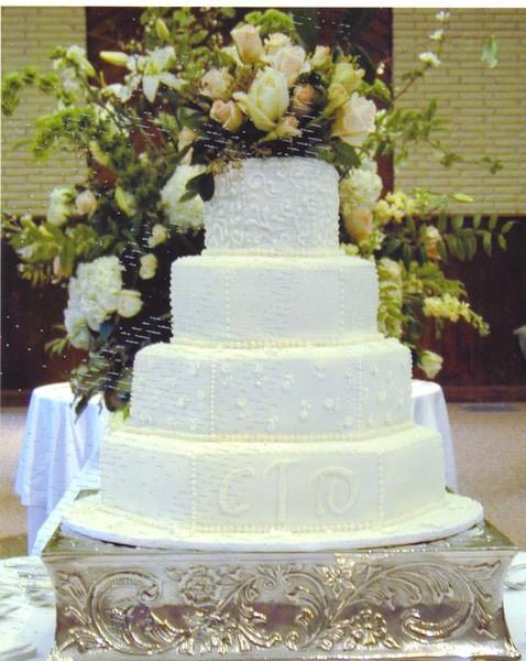 Alabama Wedding Cakes  Wedding Cakes by Betty Birmingham AL Wedding Cake
