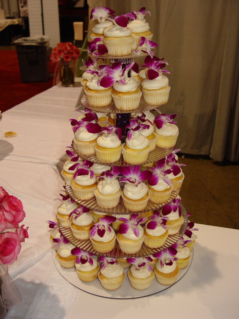 Albertson Bakery Wedding Cakes  Bridal Spectacular Bridal Show News September 2006