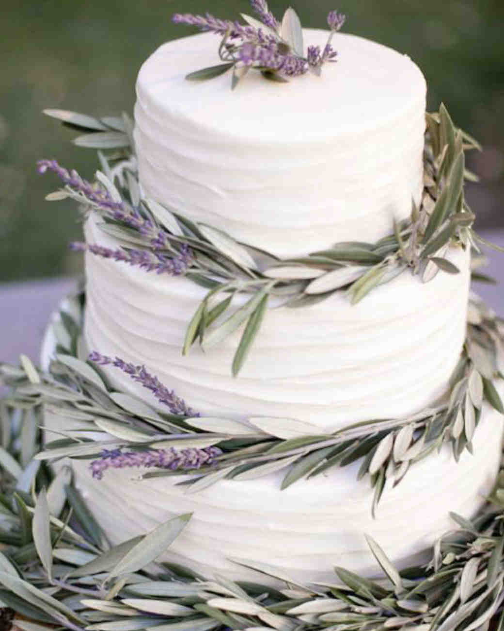 Almond Wedding Cake Recipe Martha Stewart  7 Delicious Vegan Wedding Cakes