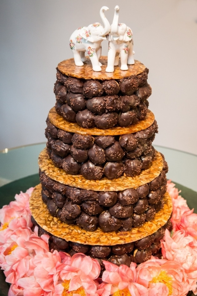 Alternative Wedding Cakes Ideas  8 Alternative Wedding Cakes That Aren t Cake at All