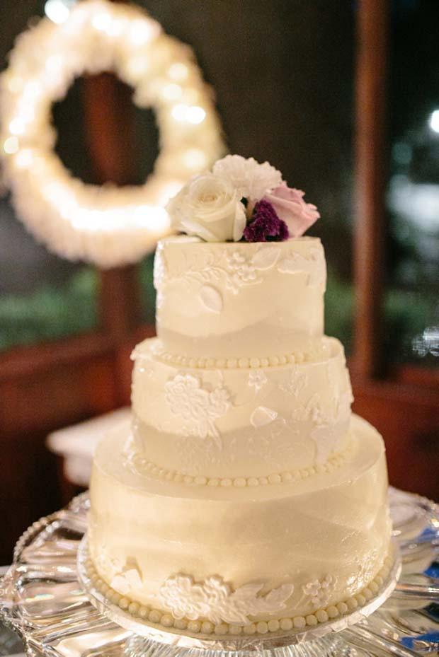 Angel Food Wedding Cakes  Wedding Cake Ideas & s Wedding Wishes