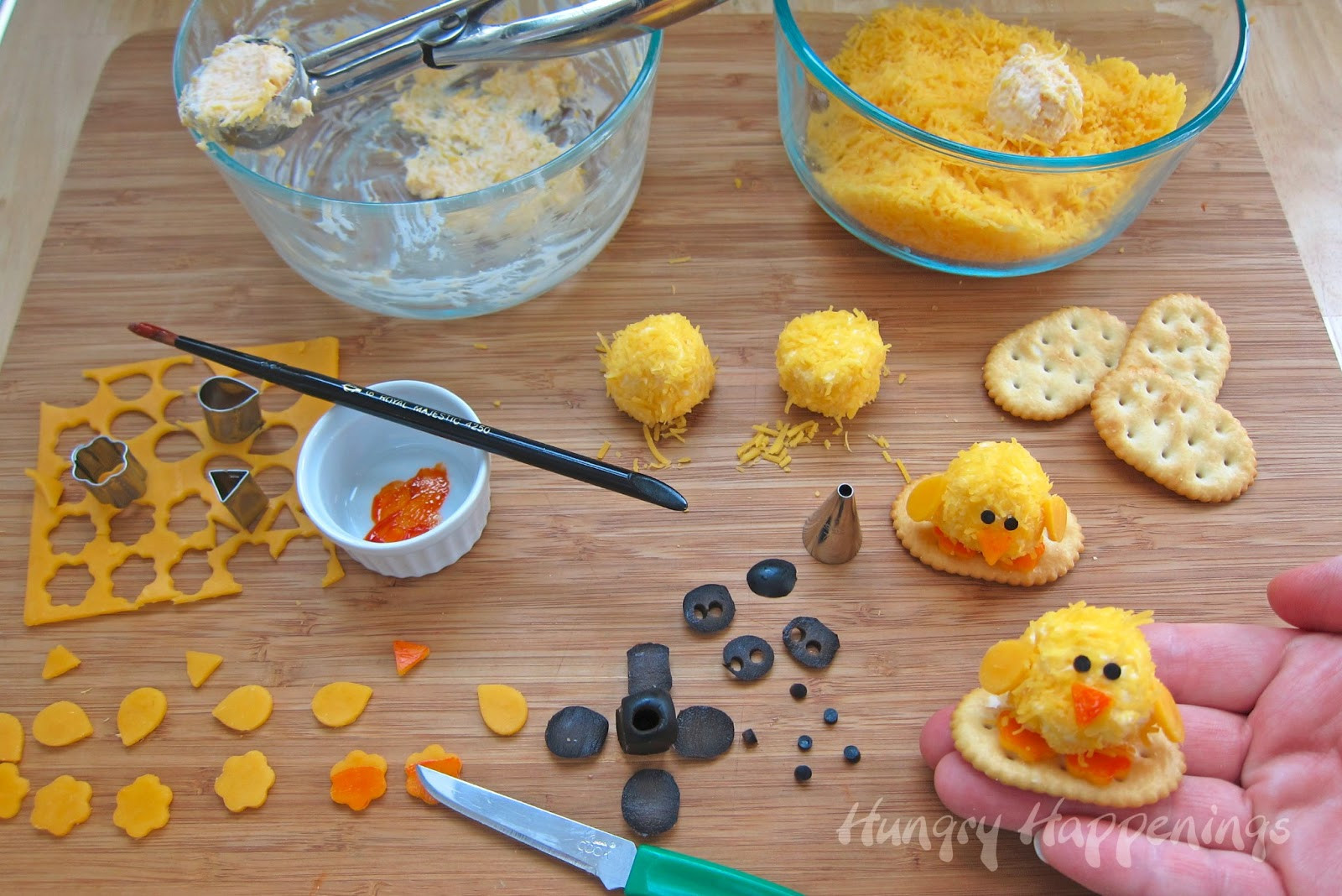 Appetizers For Easter  Easter Appetizers Baby Chick Cheese Balls are so CUTE