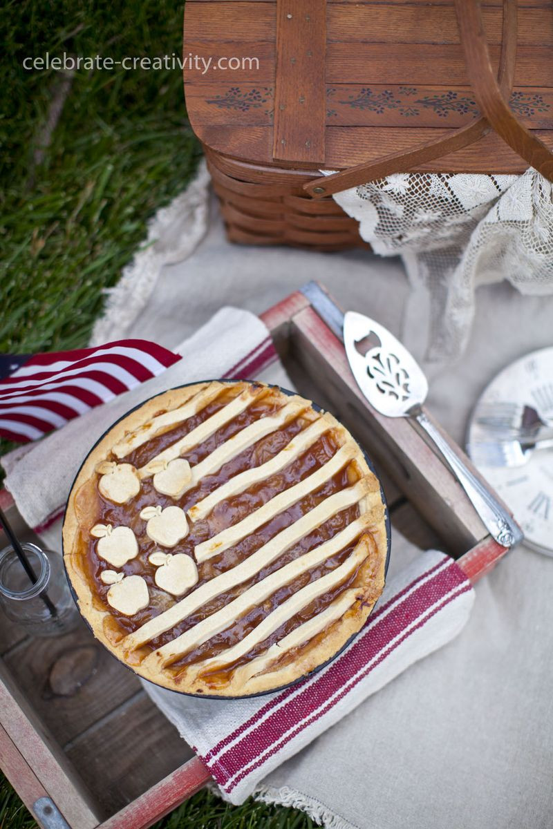 Apple Pie 4Th Of July  Thistlekeeping Thistlewood Farm