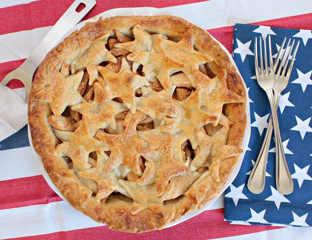 Apple Pie Fourth Of July  Easy Fourth of July Crafts for the Entire Family