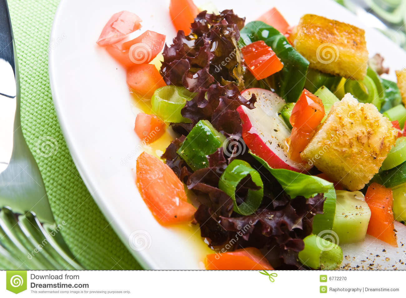 Are Croutons Healthy  Healthy Salad With Croutons Stock Image