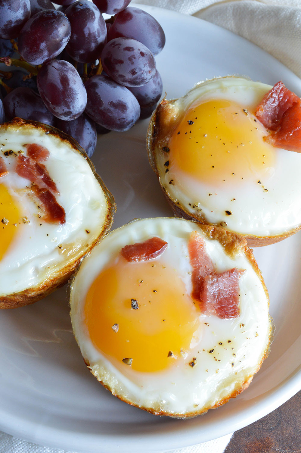 Are Eggs A Healthy Breakfast  Bacon and Egg Breakfast Cups WonkyWonderful