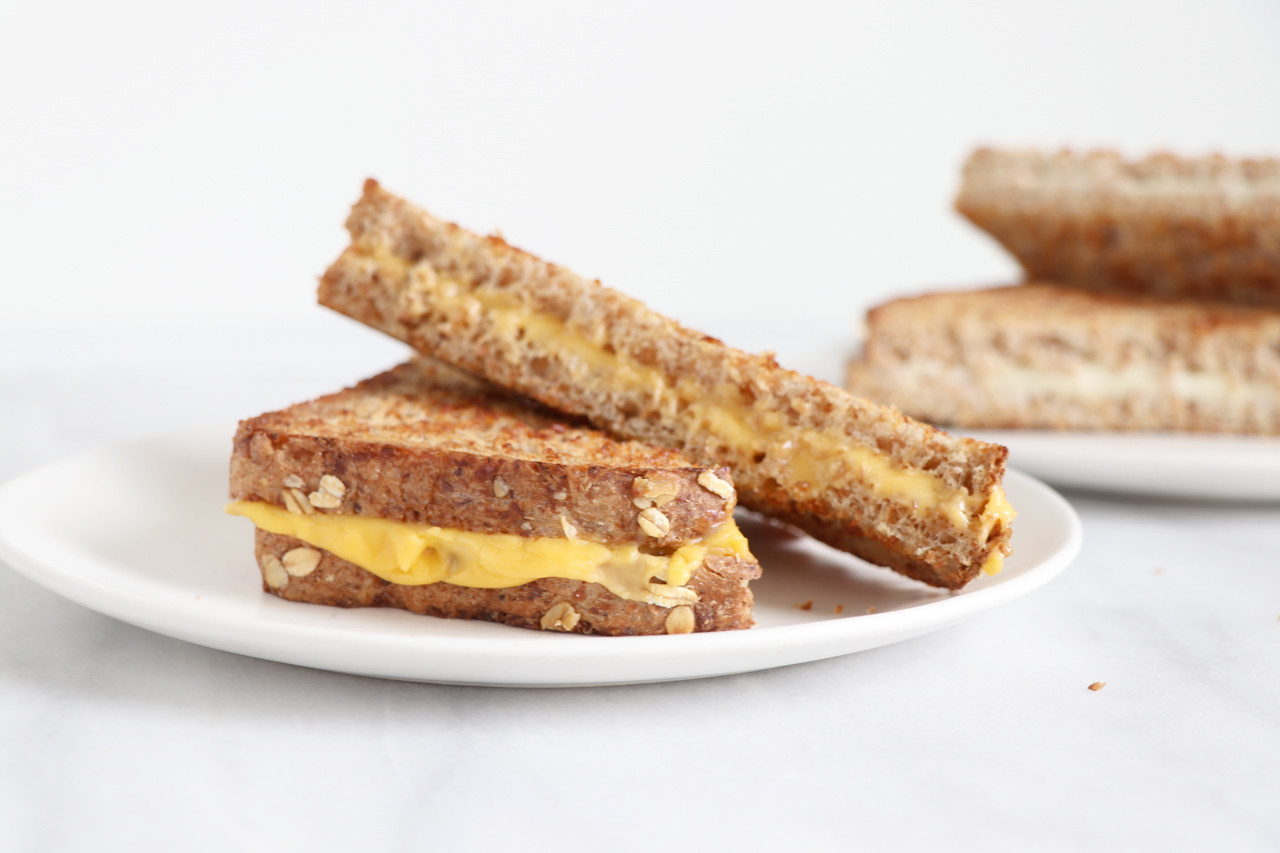 Are Grilled Cheese Sandwiches Healthy  GRILLED CHEESE SANDWICH WITH DAIYA DAIRY FREE SLICES