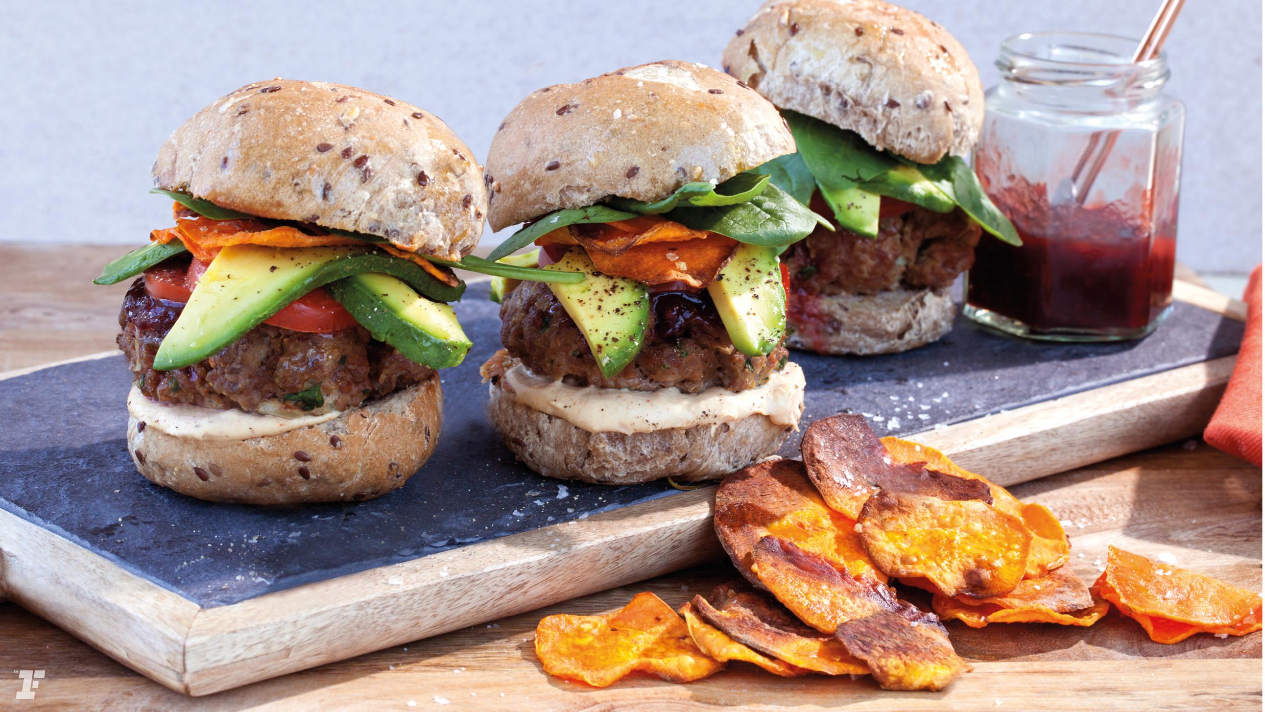 Are Hamburgers Healthy  MINI HEALTHY BURGERS WITH SWEET POTATO CRISPS