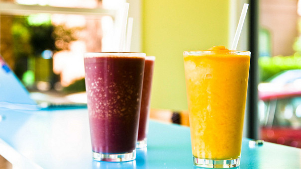 Are Smoothies Unhealthy  The 6 Most Surprisingly Unhealthy Beverages