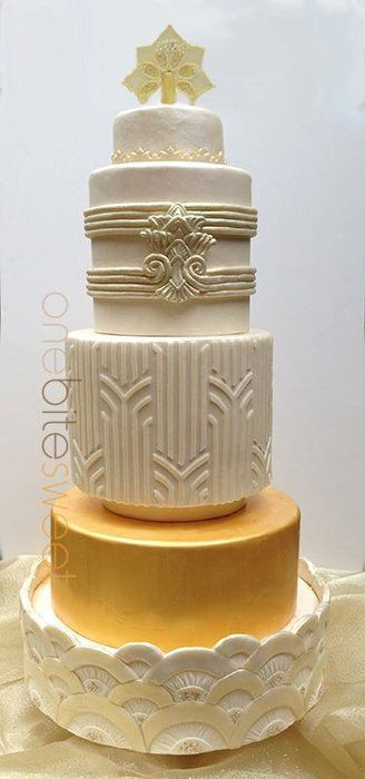 Art Deco Wedding Cakes  Top 25 ideas about Cakes Art Deco on Pinterest