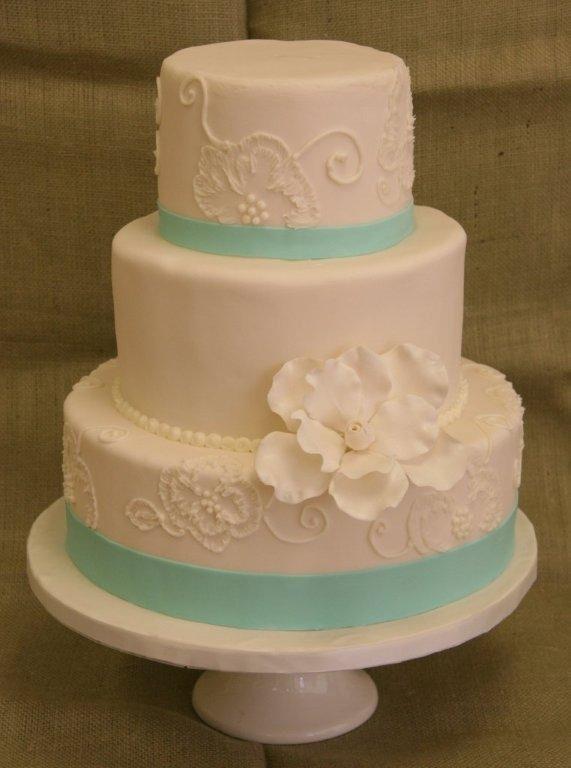 Asheville Wedding Cakes  Keystone Confections Wedding Cake North Carolina