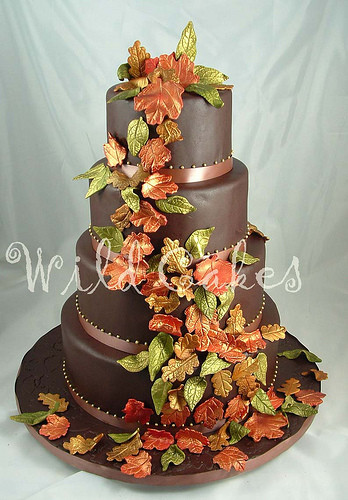 Autumn Wedding Cakes  Autumn Vanilla Picture Autumn Themed Wedding Cakes