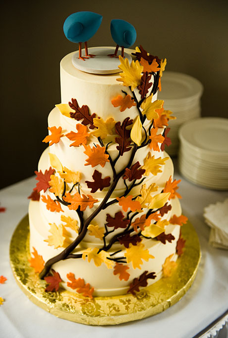 Autumn Wedding Cakes  Wedding Inspiration Center Fall Wedding Cake with Nature
