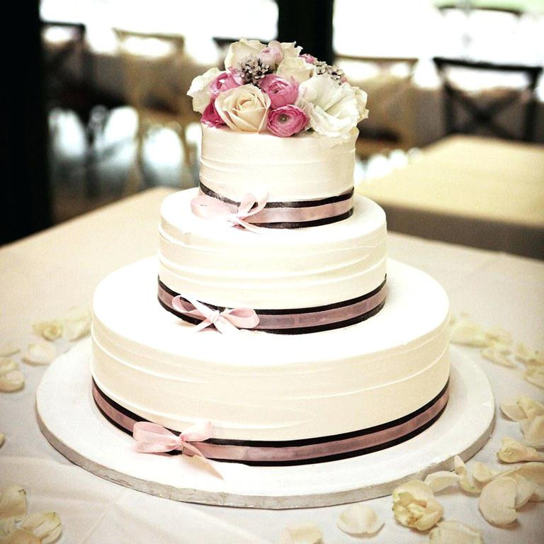 Average Cost For Wedding Cakes  home improvement How much do wedding cakes cost Summer